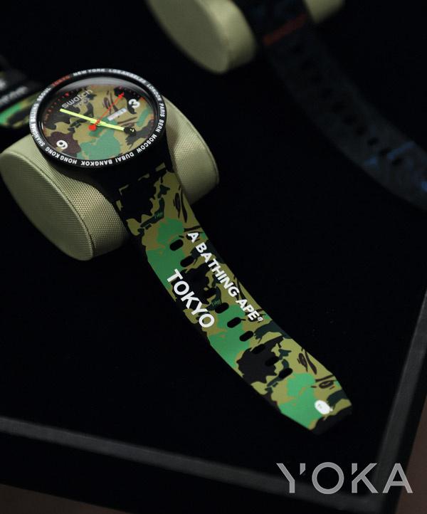 Swatch x Bape联名系列腕表(图片来源于品牌)