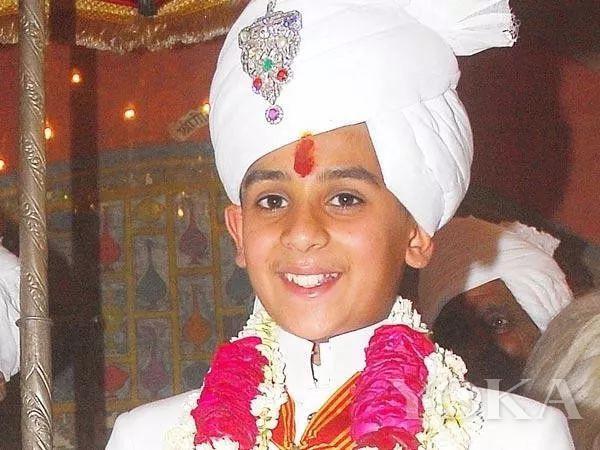 印度国王辛格(图片来源于iDiva)