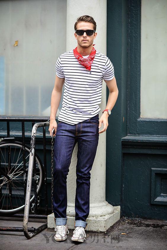 型男博主示范  基本款T恤,衬衫如何穿出时髦感