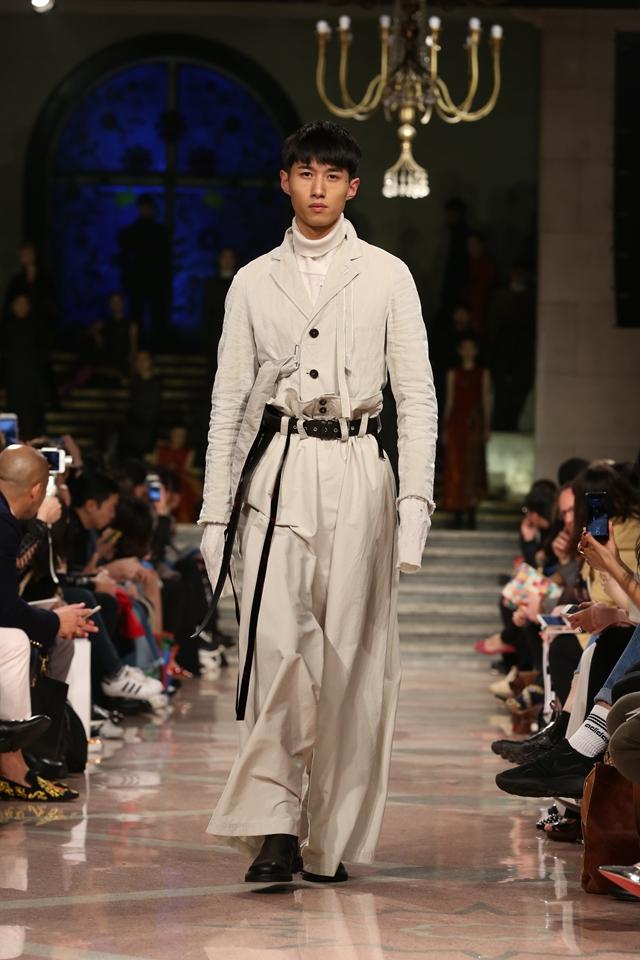 DAMIR DOMA上海时装周 呈现中国首秀