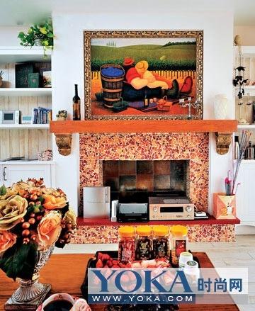 欧式壁炉是整个客厅的亮点