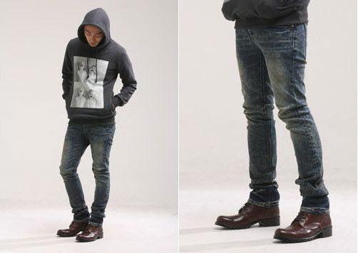 黑皮鞋搭配牛仔裤